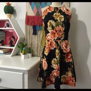 Nine Britton Niya Scallop Dress NWT